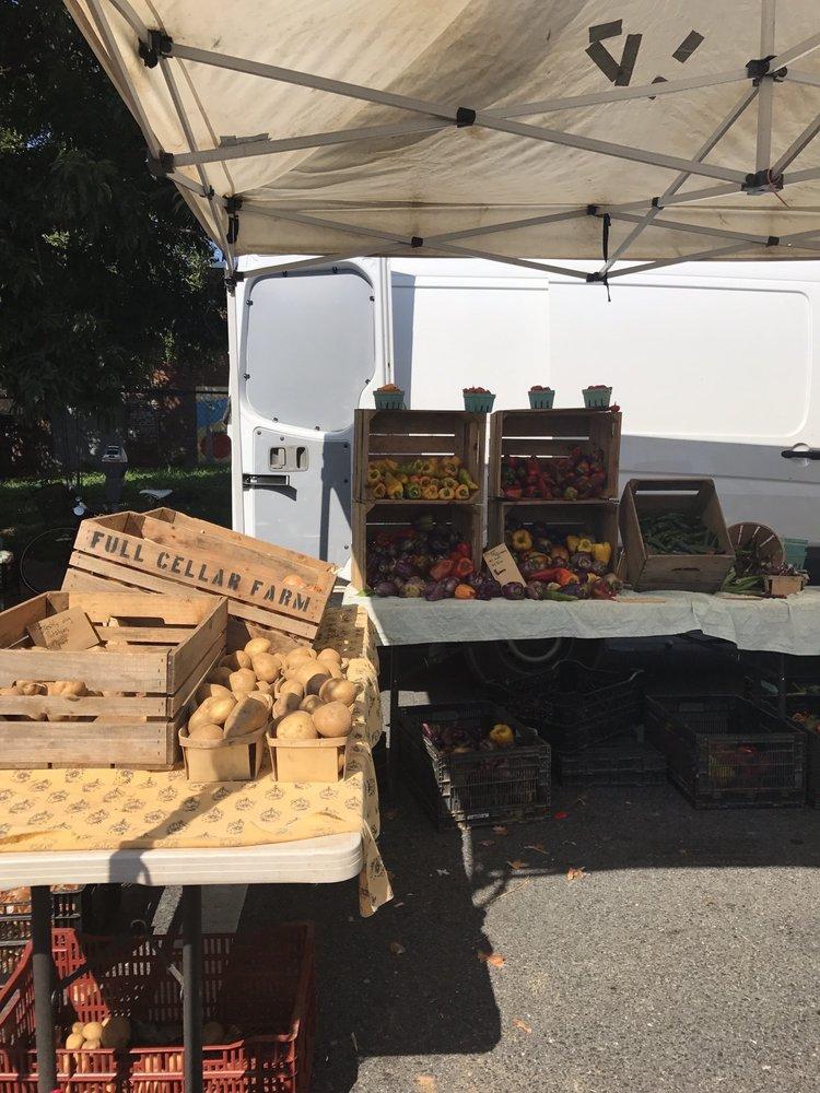 Freshfarm Market