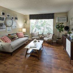 UCE - 91 Photos & 60 Reviews - Apartments - 600 Langsdorf