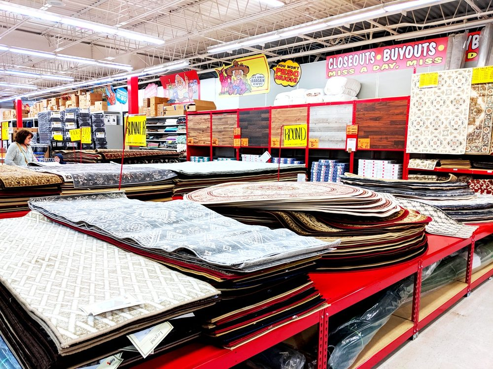 Ollie's Bargain Outlet: 1154 W Baltimore Pike, Media, PA