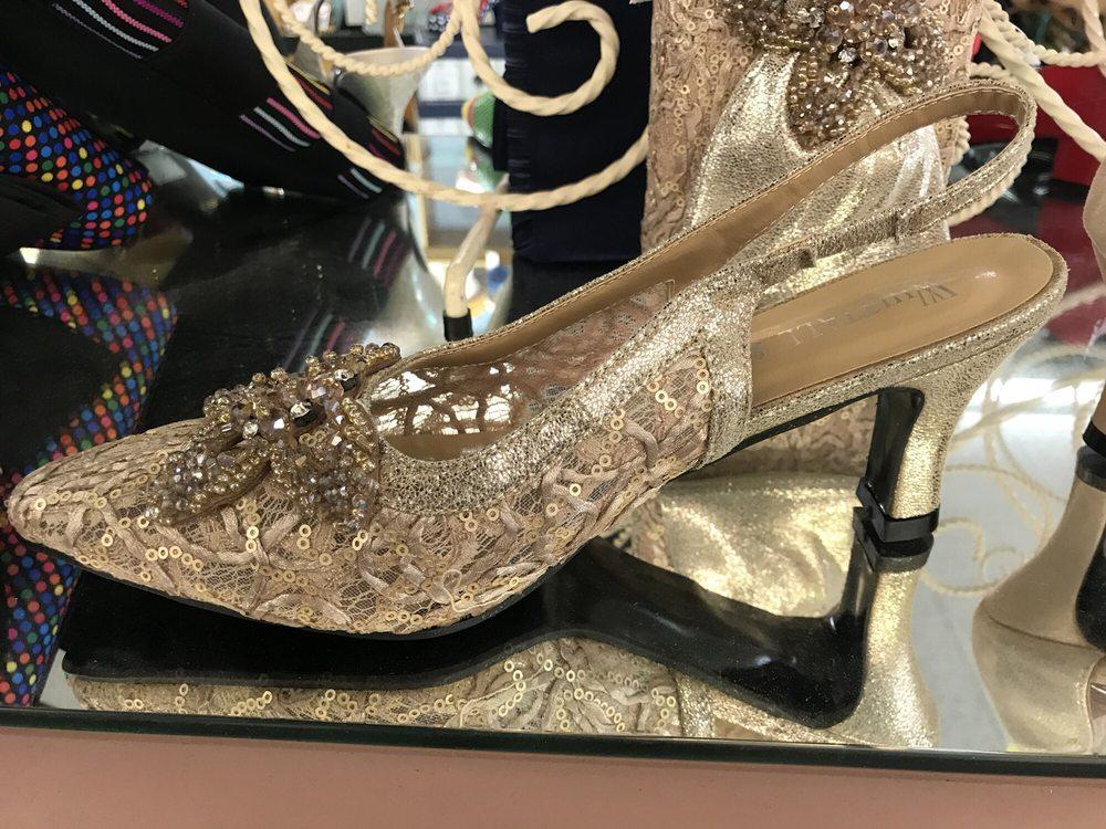 Pix Shoes of Louisville