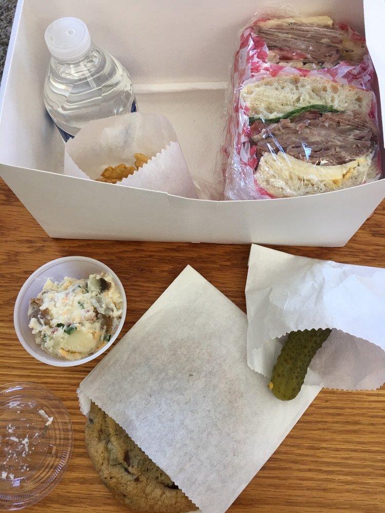 Scottzers Scratch Bakery & Box Lunches: 568 Peace Portal Dr, Blaine, WA
