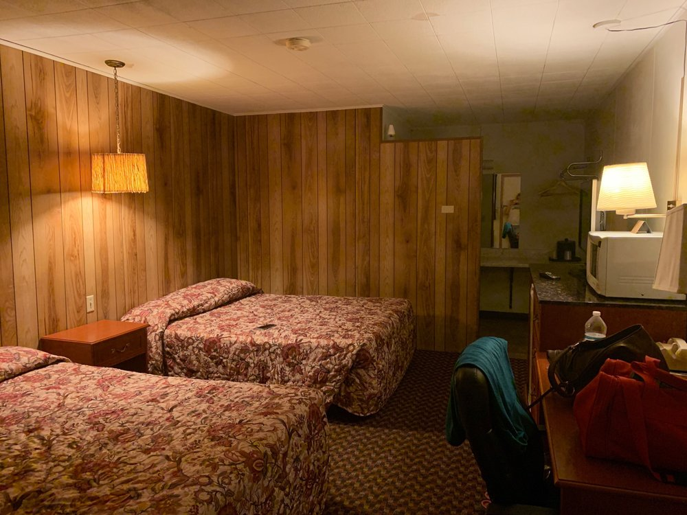 Motel Green Acres: 791 Hwy 281, Red Cloud, NE