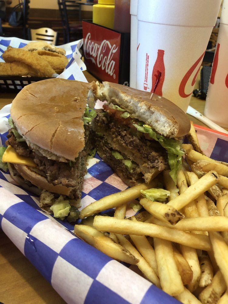 Jaws Jumbo Burgers: 2915 Hwy 31W, White House, TN