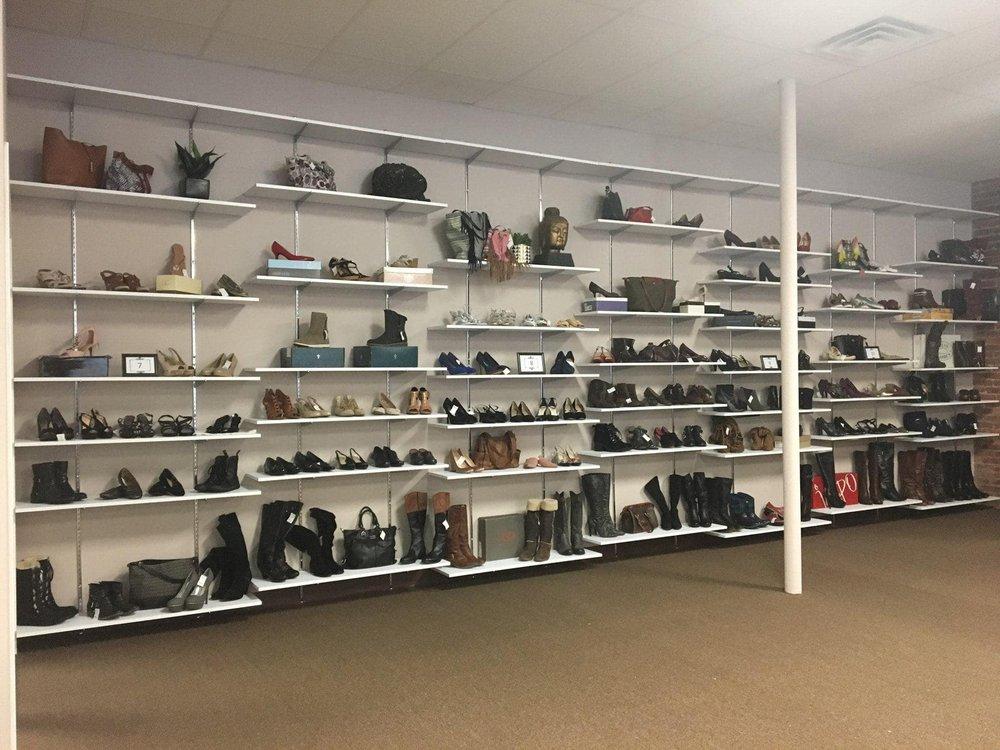 House of Fashion: 31 Center St, Middleborough, MA