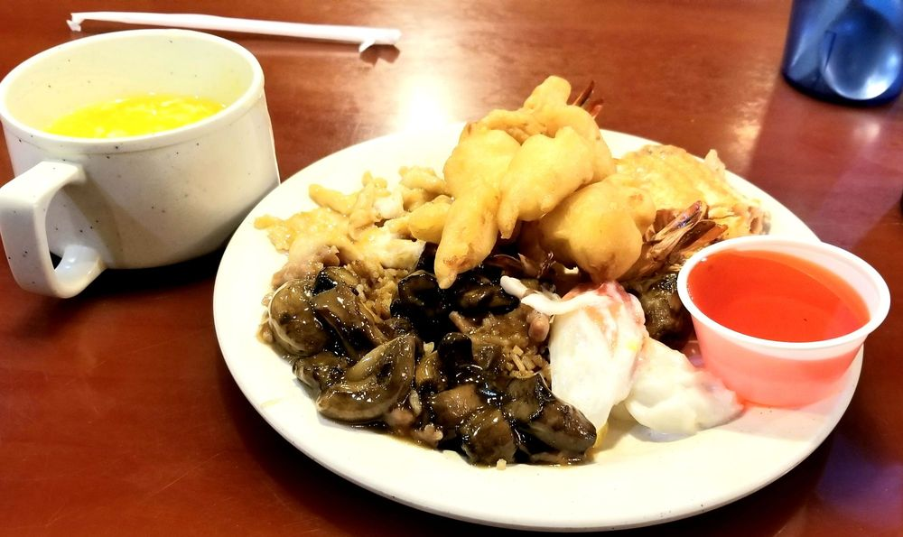 Super Buffet Sushi & Grill: 1000 45th St S, Fargo, ND