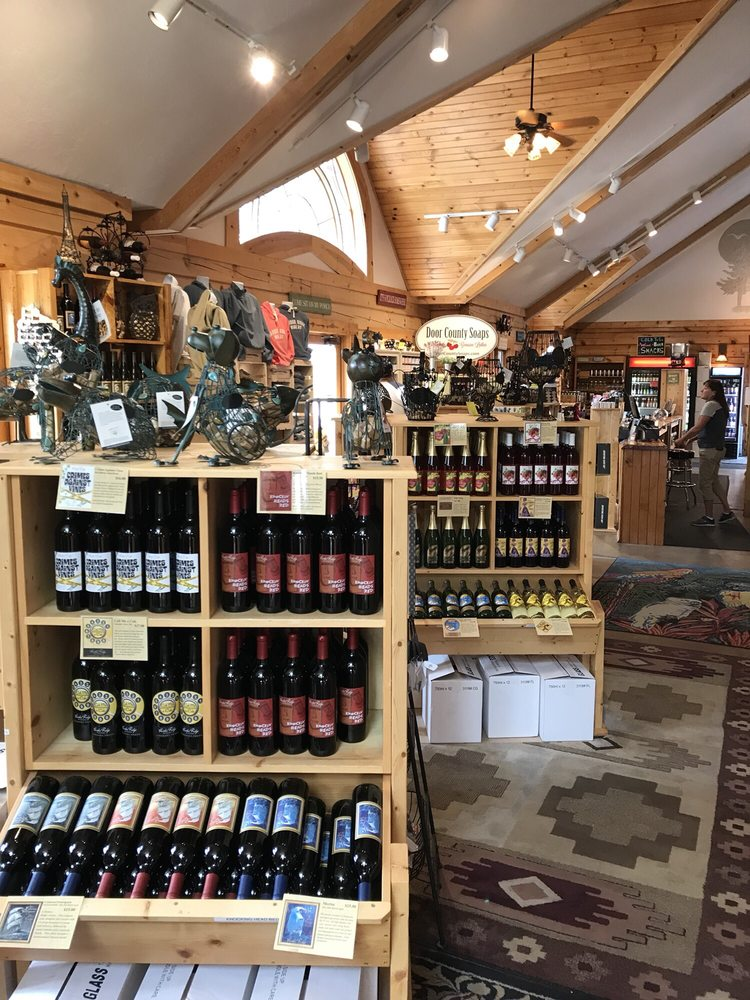 Harbor Ridge Winery: 4690 Rainbow Ridge Ct, Egg Harbor, WI