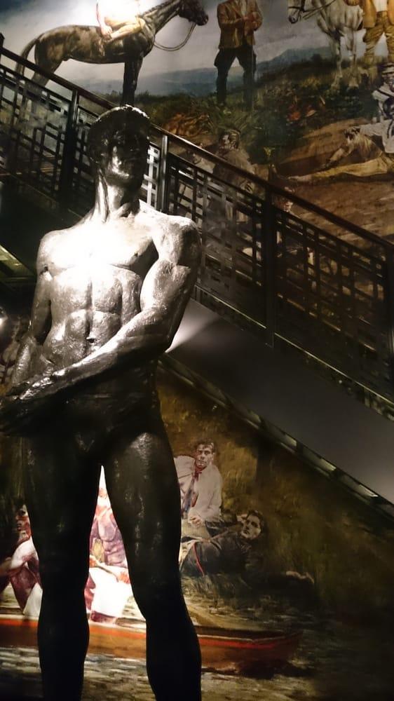 abercrombie topless