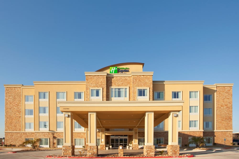 Holiday Inn Express & Suites Austin South-Buda: 15295 IH-35, Buda, TX