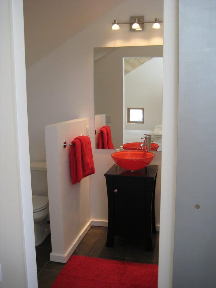 Dutch Lake Farm Guest House: 6624 Hoyt Ave SW, Howard Lake, MN