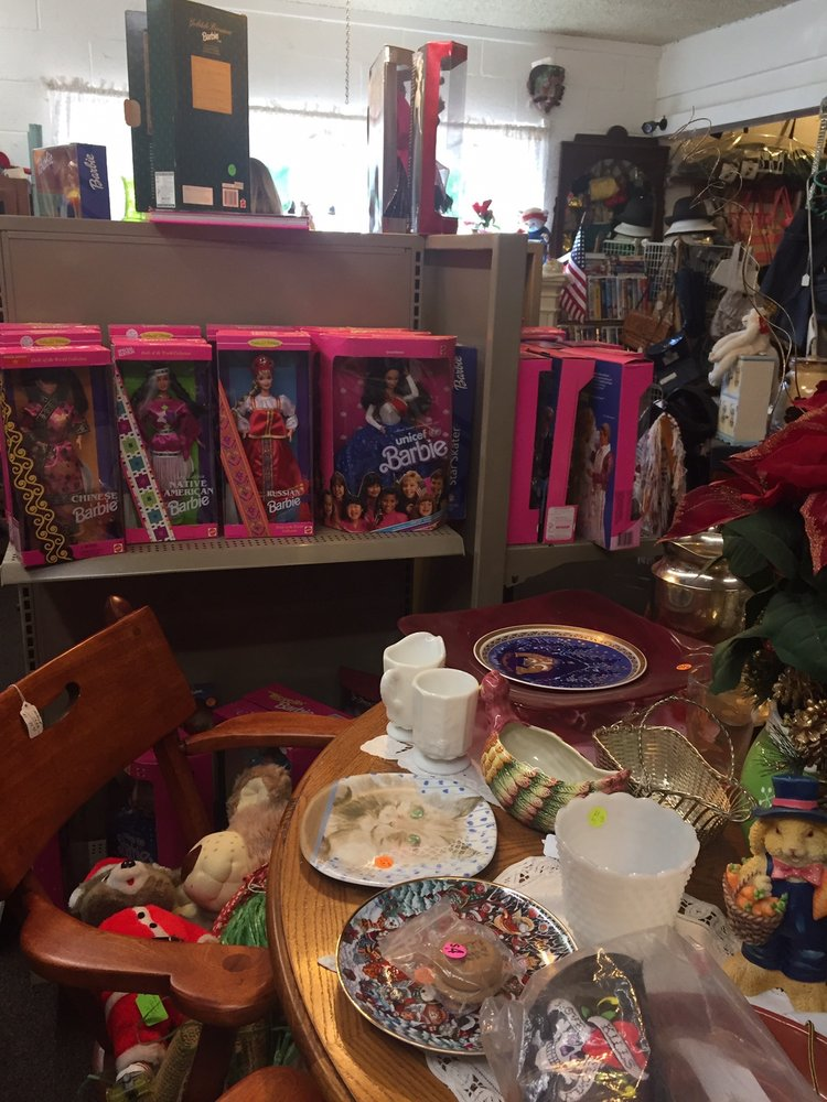 Auntie Gail's Collectibles: 3691 N Hall Ln, Pine, AZ