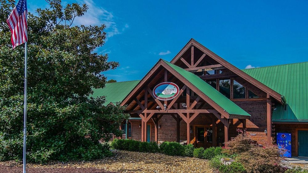 Grandview Lodge and Resort: 25 High Meadow Dr, Spencer, TN