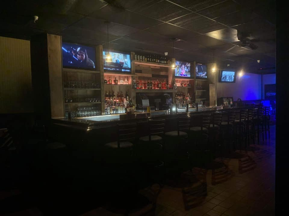 The local Tavern: 357 Wantagh Ave, Levittown, NY