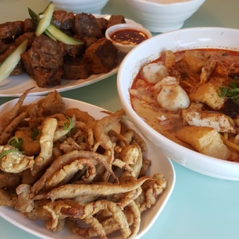 Taurus hawker foods 39 photos 14 reviews chinese for Asian cuisine willetton
