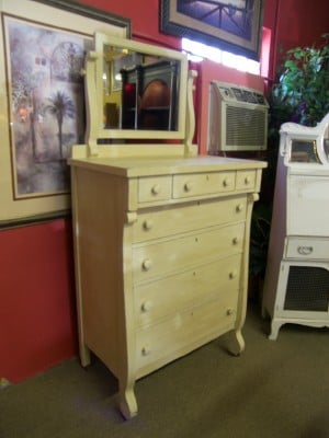 we have a wide variety of gently used furniture including shabby chic and commercial and. Black Bedroom Furniture Sets. Home Design Ideas