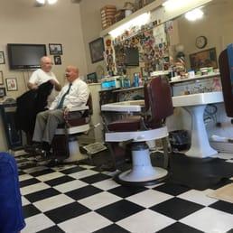 Brown's Barber Shop 12 Reviews Barbers 1718 Buddy