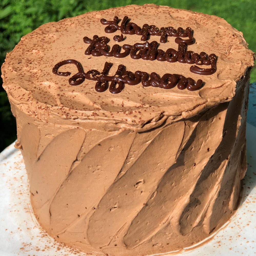 CareAway Cakes & Gifts: 267 Helican Springs Rd, Athens, GA