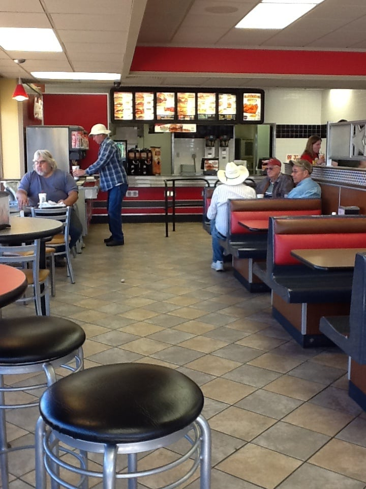 Hardee's Restaurant: 2002 Center St, Marysville, KS
