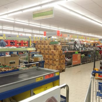 Lidl Supermarkets 27 37 Well Street Hackney Central London Yelp