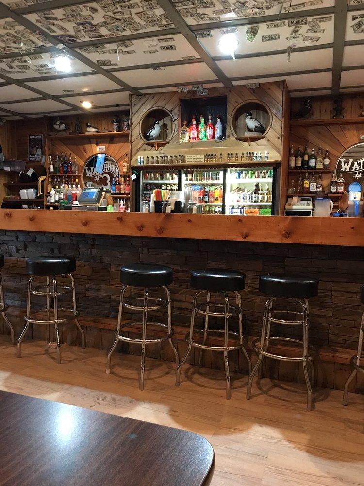 R Bar: 116 Main Ave, Lemmon, SD