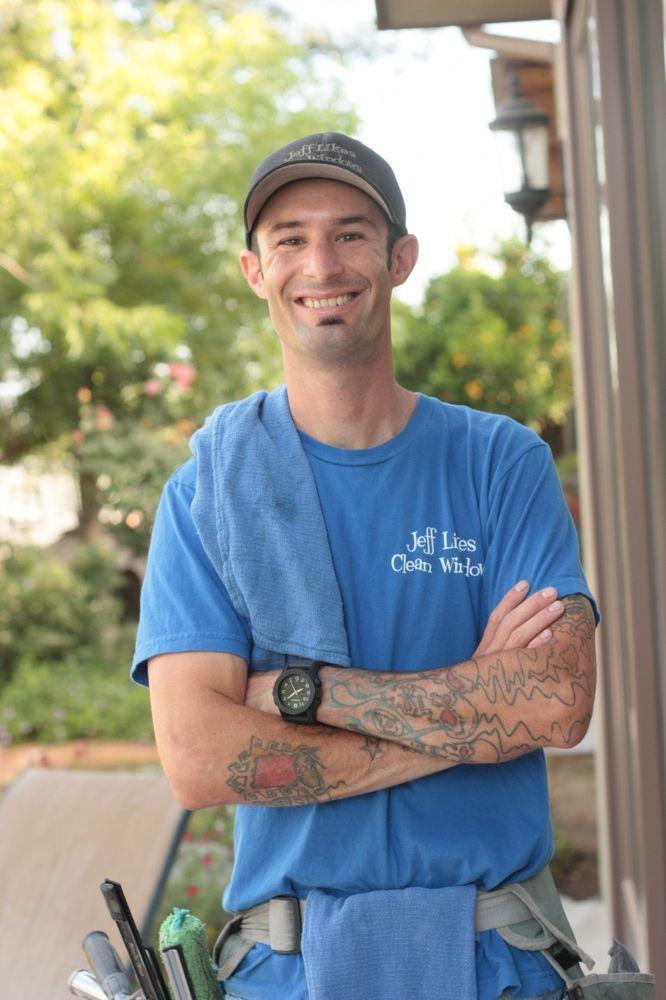 Jeff Likes Clean Windows & Gutters