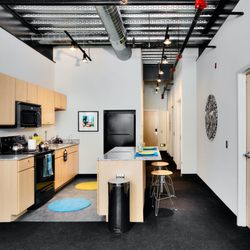 Dwight Lofts - 13 Photos & 10 Reviews - University Housing