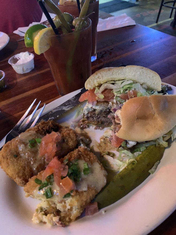 Ollies Neighborhood Grill: 6181 Hwy 90, Milton, FL