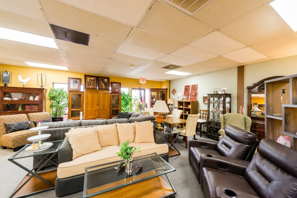 Second Home Furniture: 2887 W Pioneer Pkwy, Pantego, TX
