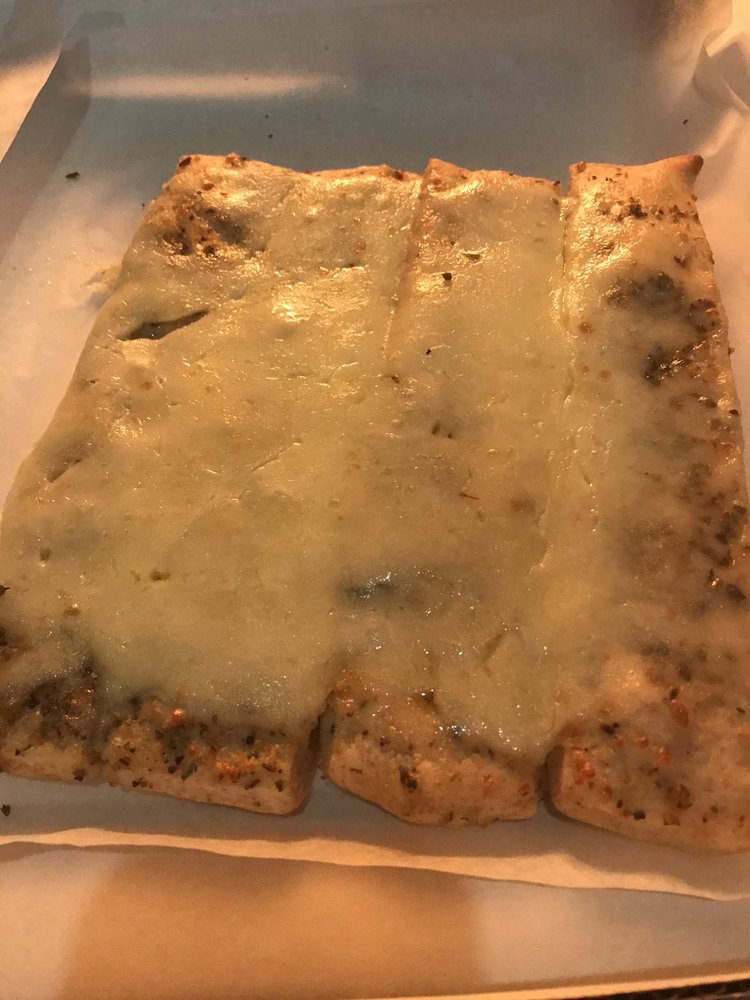 Zadeos Pizza: 1021 15th Ave SE, Rochester, MN