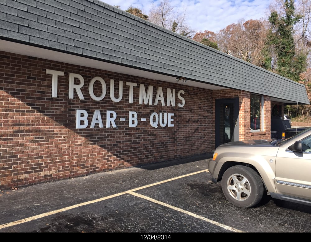 Troutmans Barbecue: 18466 S Nc Hwy 109, Denton, NC
