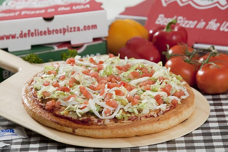 DeFelice Bros Pizza - Follansbee: 801 Main St, Follansbee, WV
