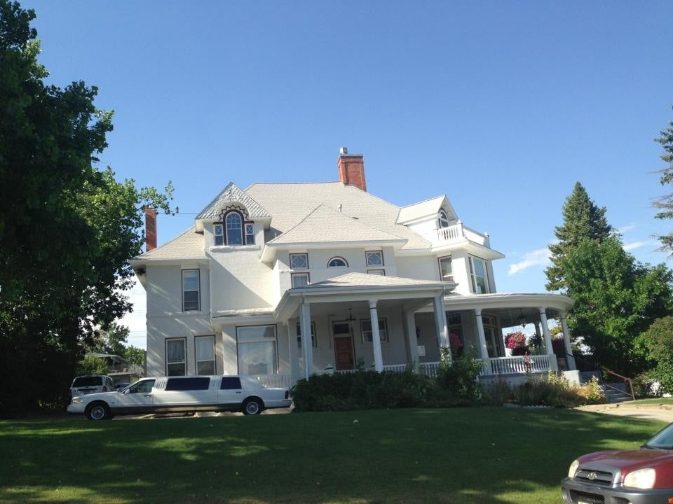 Collins Mansion Bed & Breakfast-Catering: 1003 2nd Ave NW, Great Falls, MT