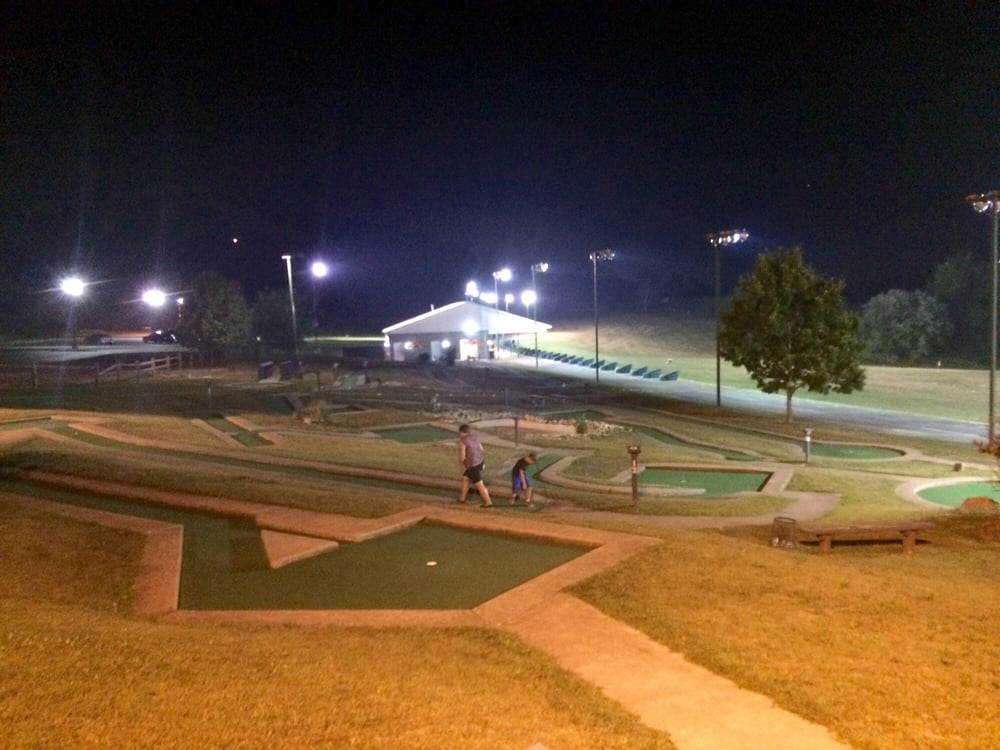 The Practice Golf Center: 3000 Practice Tee Dr, Clairton, PA