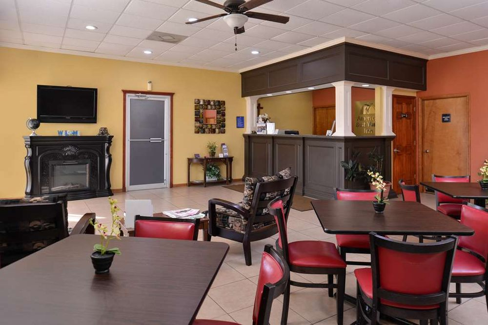 Americas Best Value Inn Pontotoc: 217 Highway 15 North, Pontotoc, MS