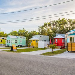 tiny house siesta 29 photos vacation rentals 6600 ave a sarasota fl phone number. Black Bedroom Furniture Sets. Home Design Ideas