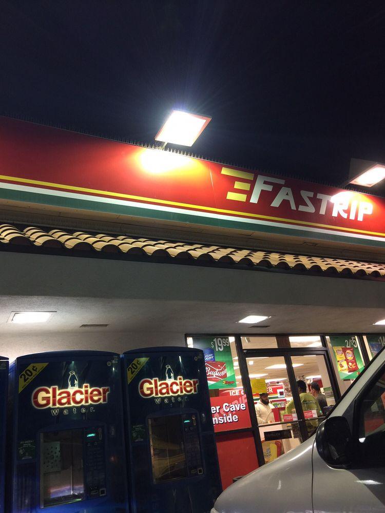 Fastrip Foodstore: 800 Bear Mountain Blvd, Arvin, CA