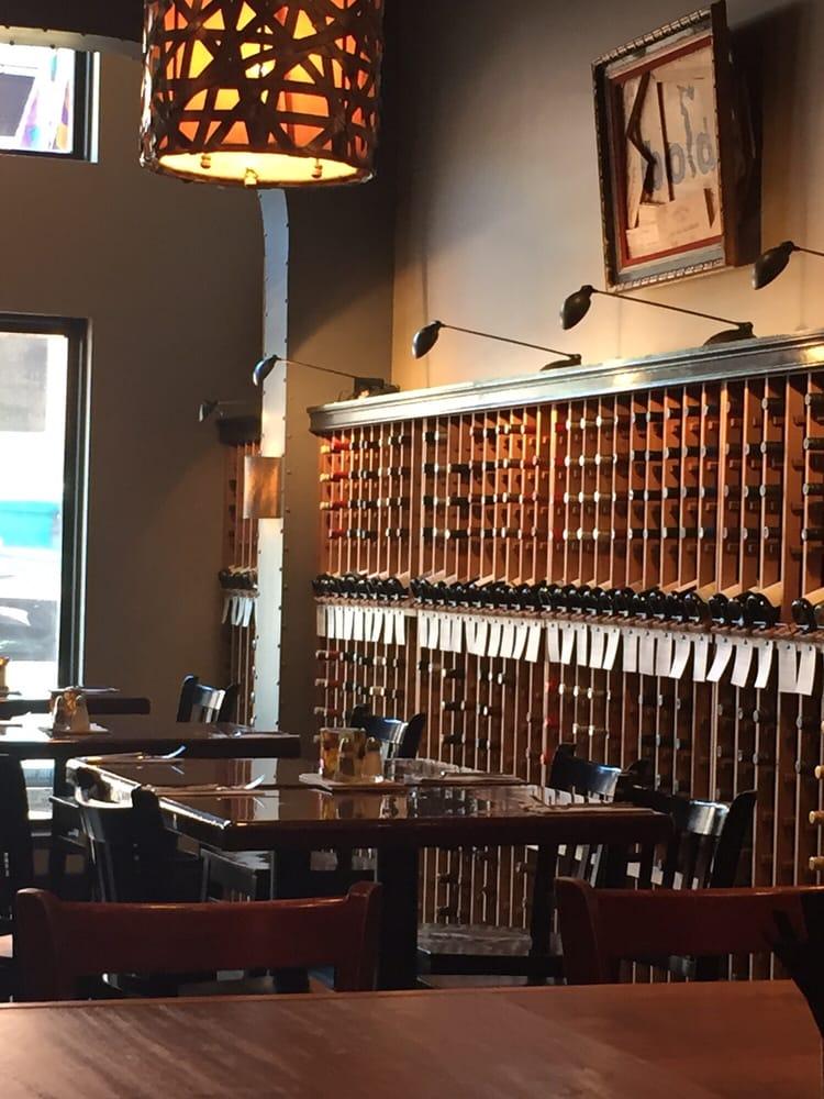 red red wine bar 84 fotos 145 beitr ge weinbar 189b main st annapolis md vereinigte. Black Bedroom Furniture Sets. Home Design Ideas