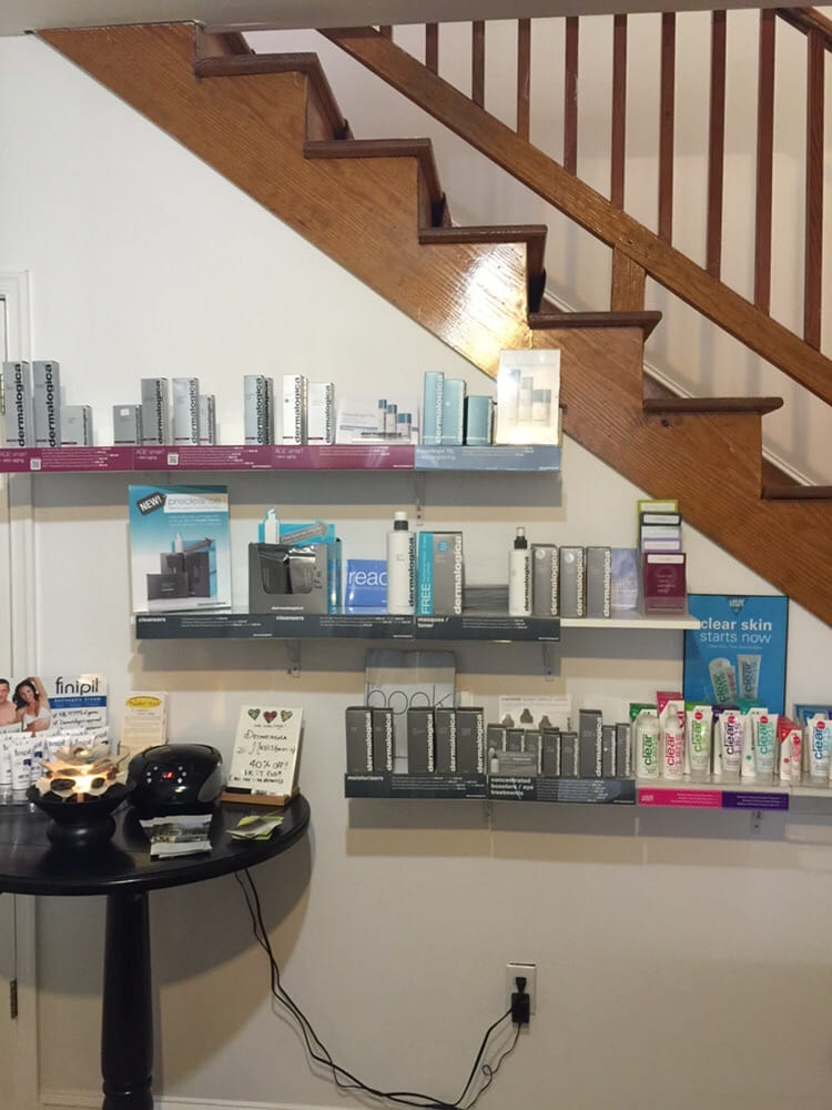 The Salon and Spa at Acorn Hill: 2134 Old Forest Rd, Lynchburg, VA