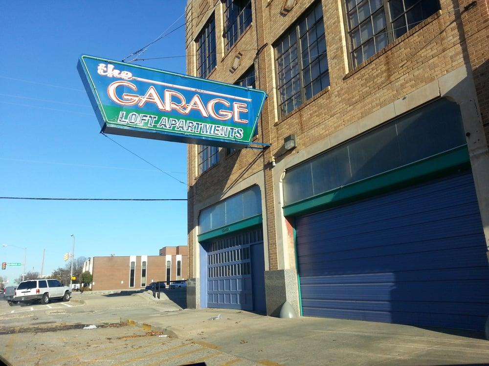 Garage Loft Apts
