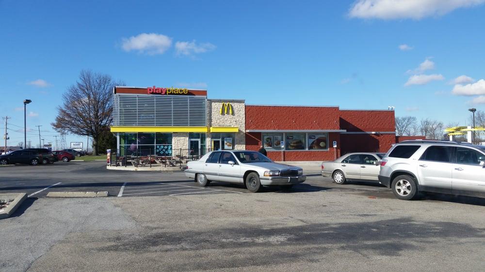 McDonald's: 1796 E State Rd 163, Clinton, IN