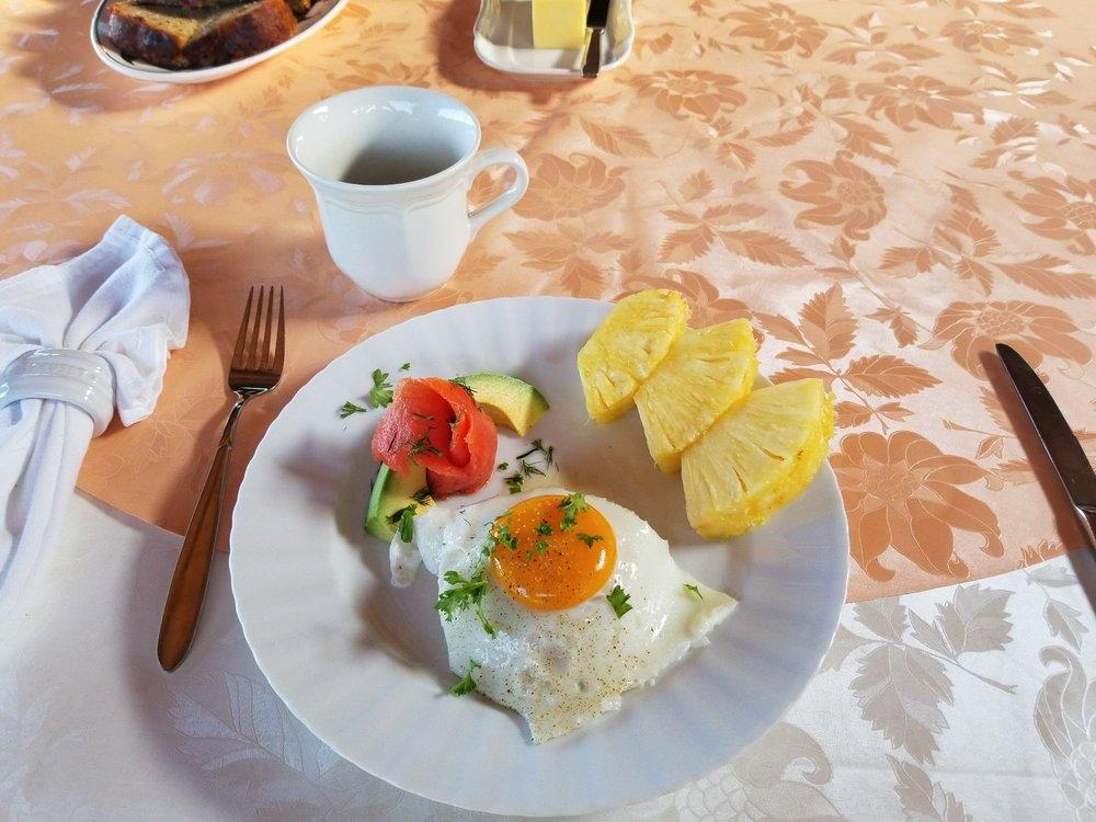 Aloha Guest House: 84-4780 Mamalohoa Hwy, Captain Cook, HI
