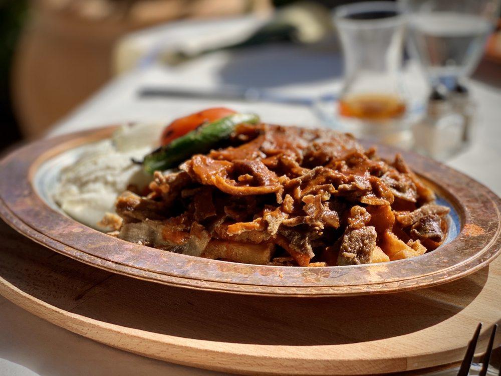 Vourla Mediterranean Cafe & Grill