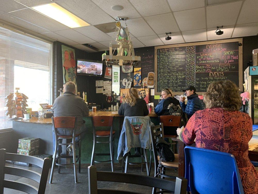 580 Craft Beer: 354 East St, Pittsboro, NC
