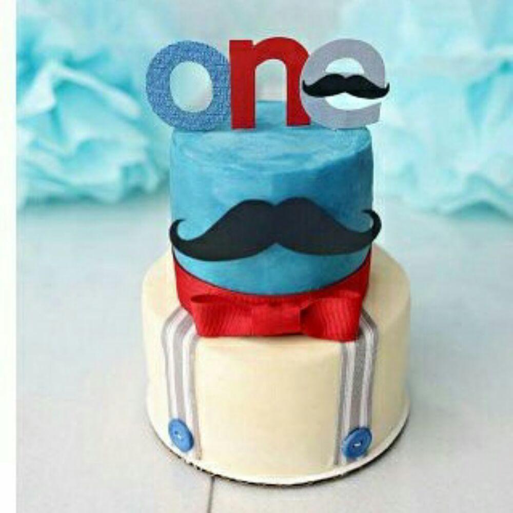 Little Man Smash Cake 1st Birthday Cake Photo Courtesy Of Tara