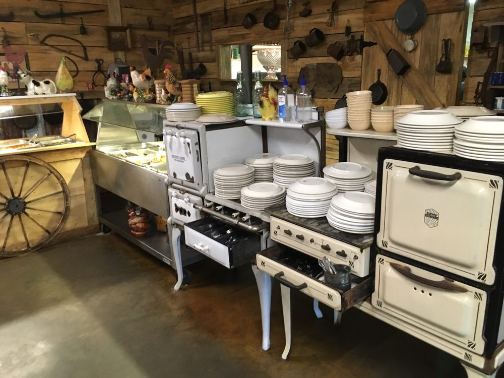 Kountry Kitchen: 1183 Railroad Ave, Georgetown, MS