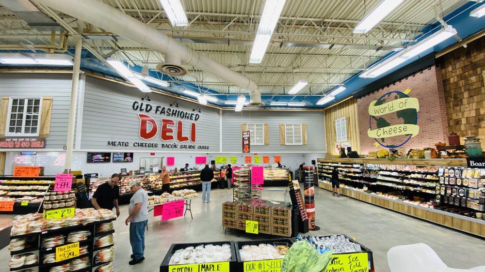 Detwiler's Farm Market: 2881 Clark Rd, Sarasota, FL