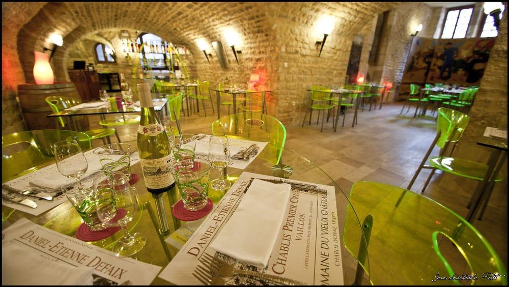 La Cuisine Au vin: 16 rue Auxerroise, Chablis, 89