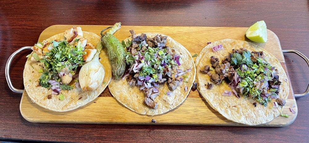Viva Villa Mexican grill: 203 N Main St, Mauldin, SC