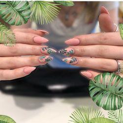 ad46517a110 Tippy Toes Nails and Spa - 2018 Photos   1208 Reviews - Nail Salons ...