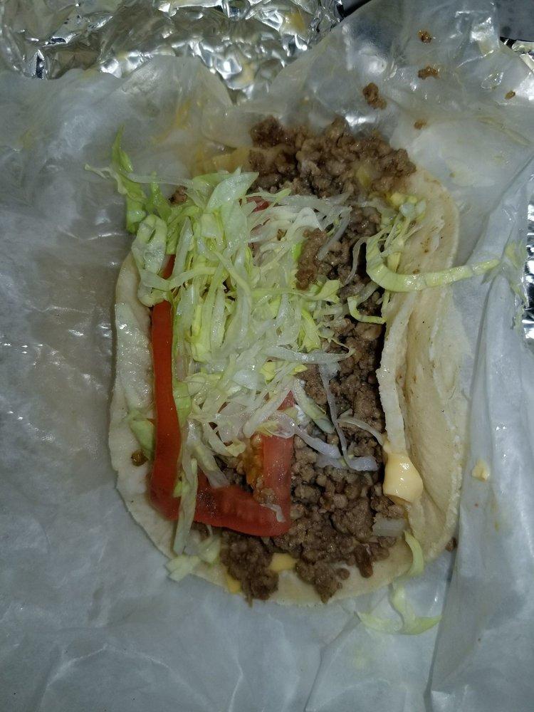 Sanchez Tacos: 4001 Ogden Ave, Chicago, IL