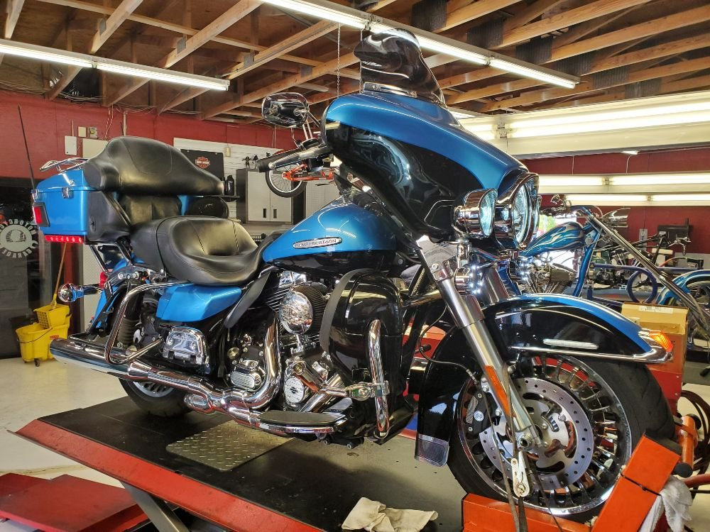 Motorcycle Garage - 20 Photos - Motorcycle Repair - 10846 N